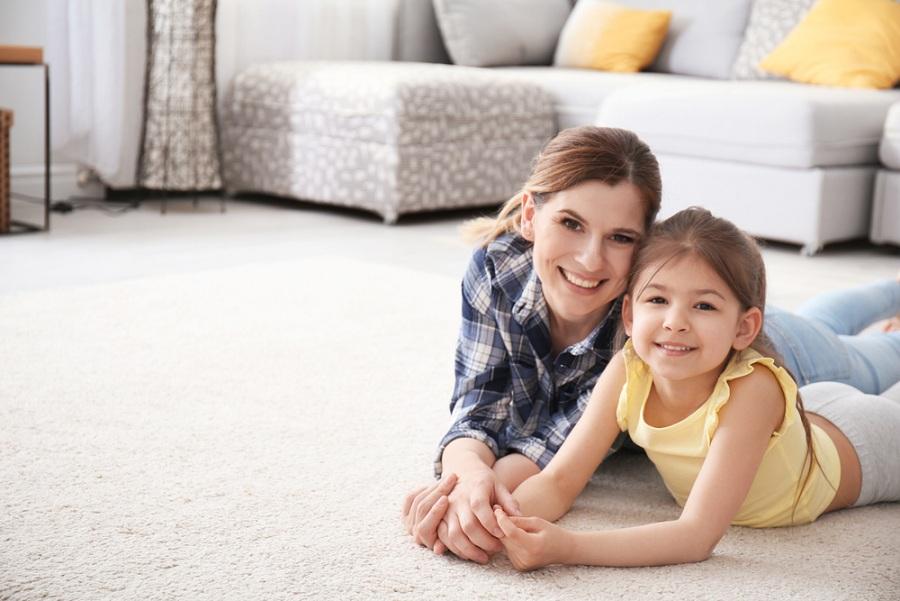 Satino szőnyegek: selyem tapintás