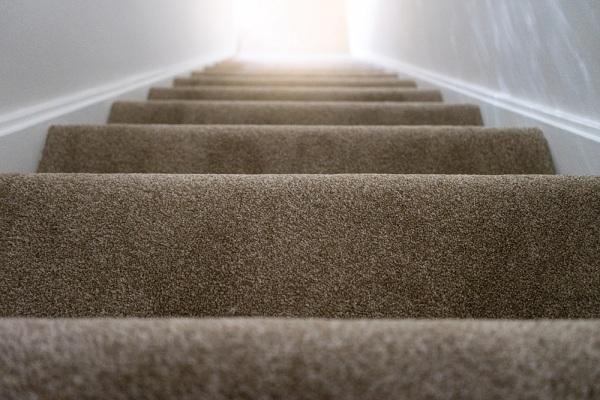 Szeretné burkoltatni a lépcsőt? Kérjen árajánlatot munkatársainktól!